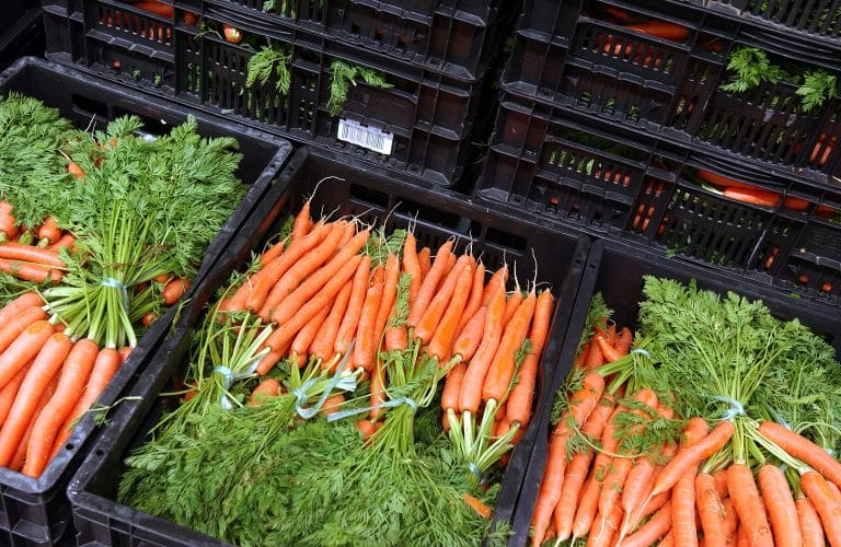 FB_Carrots_Tops